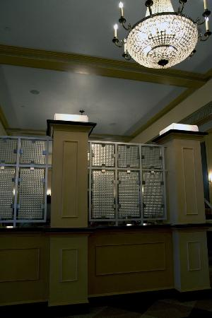 Ambassador Hotel: Dining area