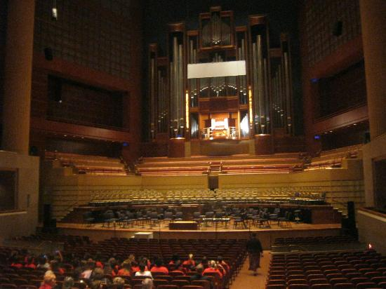 Morton H. Meyerson Symphony Center: organ recital