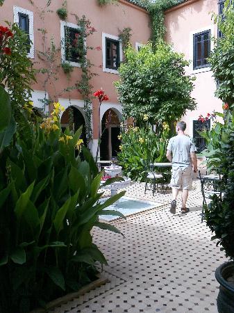 Les Borjs de la Kasbah: Main courtyard