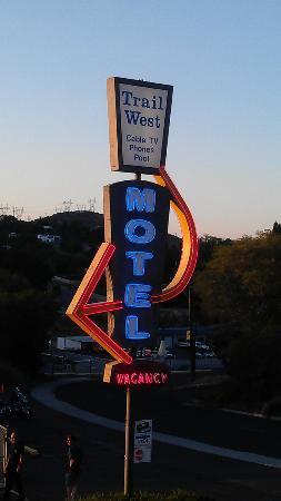 Trail West Motel