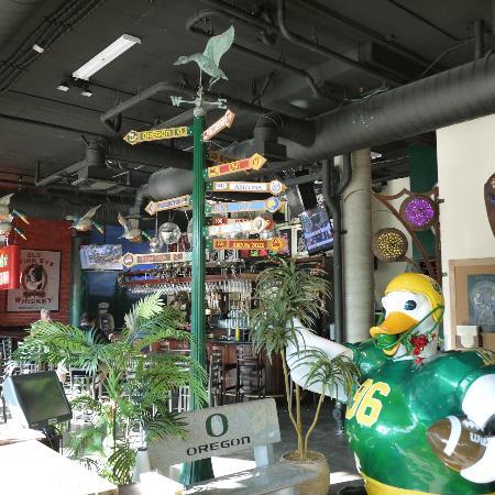 Wild Duck Cafe: Wild Duck is great fun