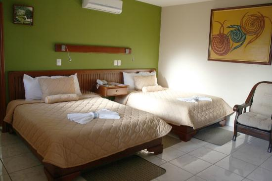 Hotel La Mar Dulce : Quadruple room - Two Queen bed