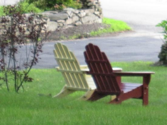 White Cedar Inn Bed and Breakfast: Outdoor view