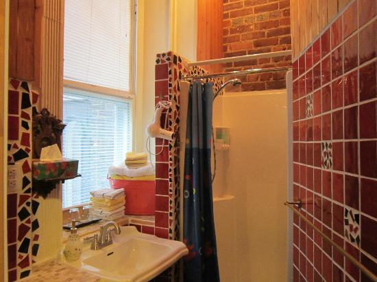 B&B de la Fontaine: private bathroom 