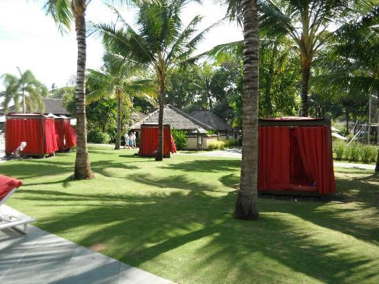 Club Med Bali: Poolside Cabanas