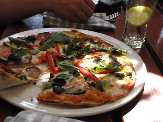Sleepers Restaurant: Gourmet pizza...