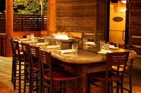 Rendezvous Bistro: Community Table on the Deck