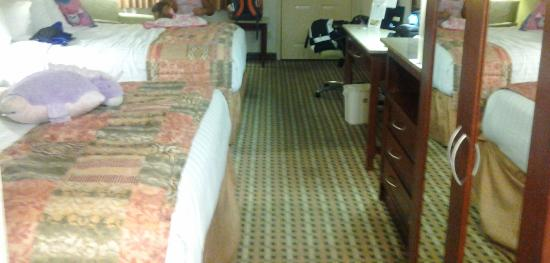 Best Western Chaffin Inn : Large amounts of space