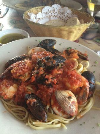 Terra Nostra: Shrimp Fra diavolo