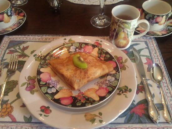 Manor of Time - A Bed and Breakfast: Breakfast Course One - Fruit Filled Crepes