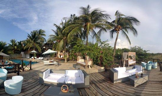 Karmairi Hotel Spa: Deck Karmairi