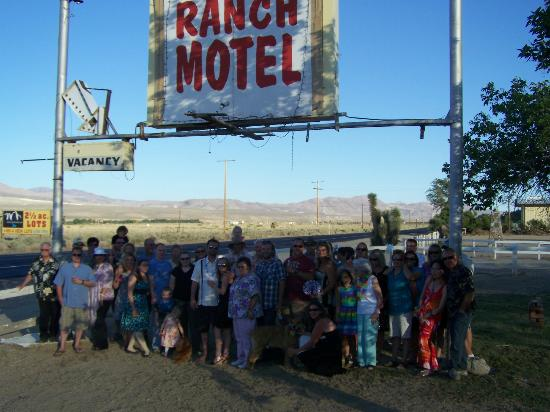 Ranch Motel: Wedding Crowd