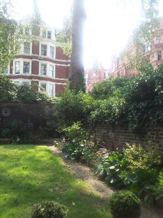 Arosfa: Garden -- view 2