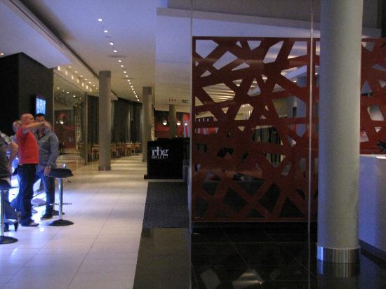 Park Inn Sandton: Hotel Lobby