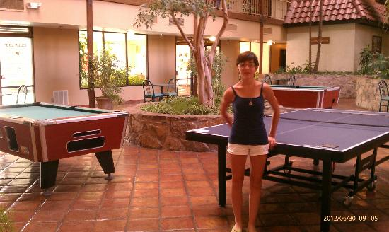MCM Elegante Suites: Ping pong, shuffleboard, pool tables, foosball