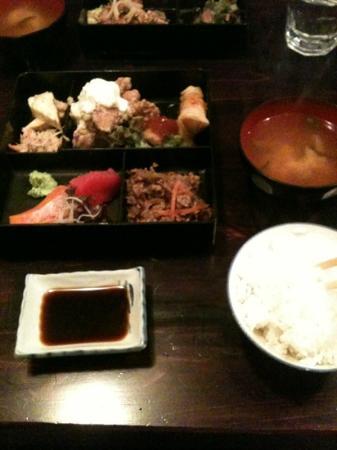 Yakitori Daruma Japanese Sake Bar: chef special bento box