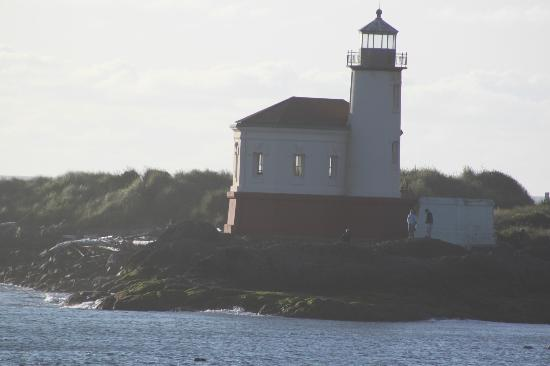 Lighthouse Bed and Breakfast: Lighthouse view