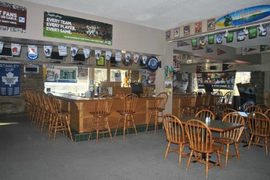 Lancaster Family Resort : Player's Sports Bar