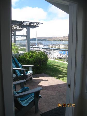 Tomales Bay Resort: patio