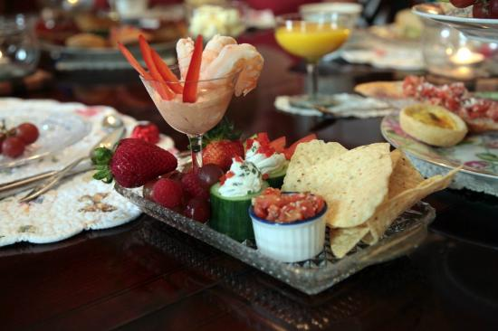 Inn Victoria: High Tea