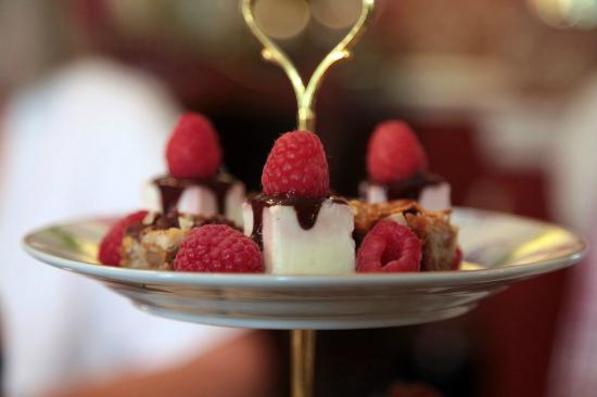 Inn Victoria : High Tea
