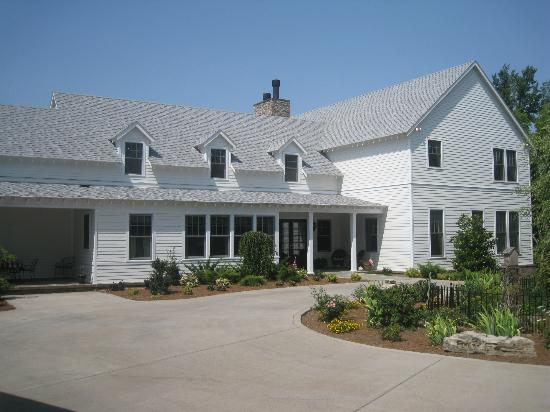 Butterfly Meadows Inn and Farm Image