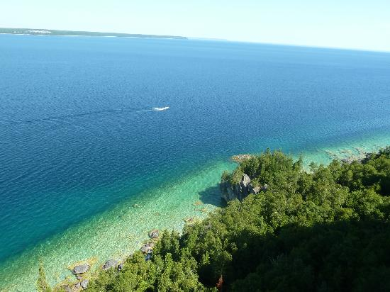 Taylor-Made B&B: Lake Huron, from the Lions Head walking trail