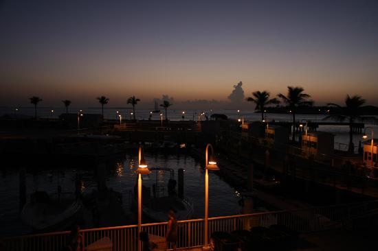 Hyatt Residence Club Key West, Sunset Harbor: Marina at night