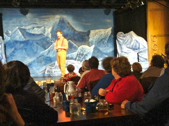 Music of Denali Dinner Theater : Excellent Cast