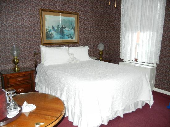 General Palmer Hotel: Main bedroom