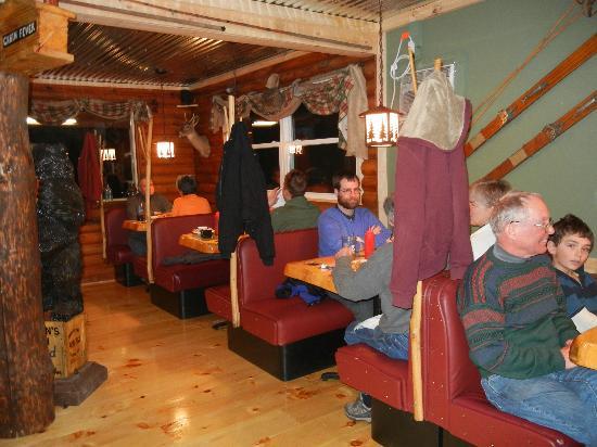 Cabin Fever: Dining room
