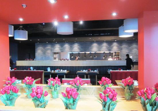راديسون هوتل ميلواكي نورث ويست (مينوموني فولز): Restaurant