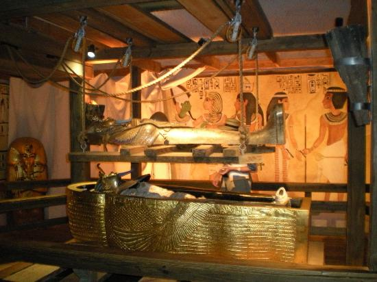 King Tut S Tomb Picture Of Busch Gardens Tampa Tampa