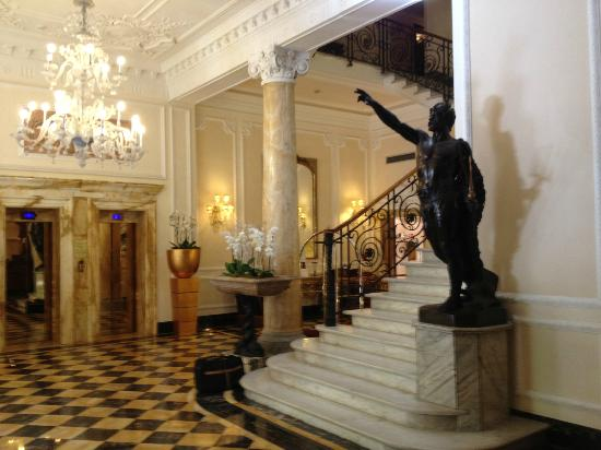 Baglioni Hotel Regina: Lobby