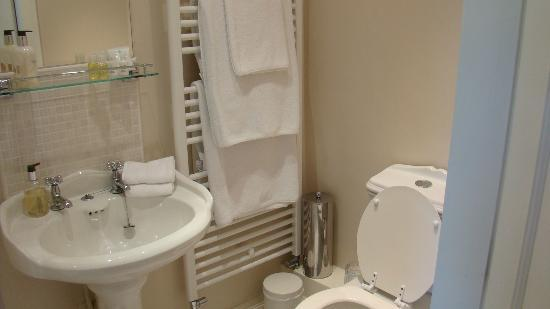 Low Urpeth Farm B&B: Beautiful private bathroom