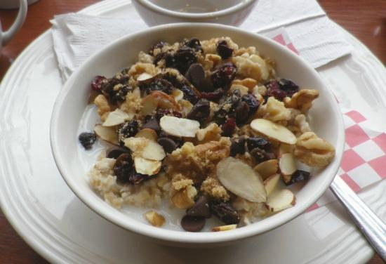 Seaside Coffee House: Oatmeal porridge with cranberries, raisins, sultanas, almond & walnut flakes,choc chips, brown s