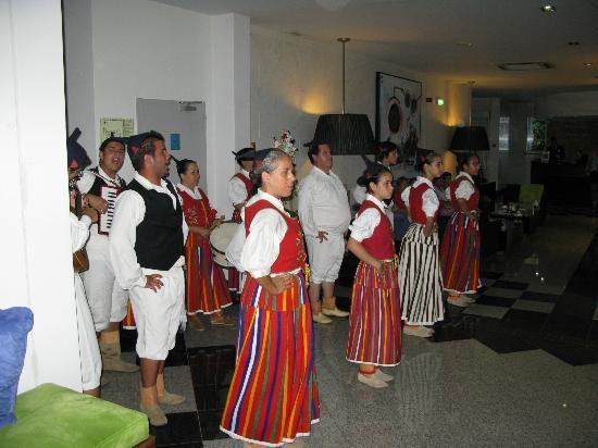 Madeira Regency Cliff: Entertainment