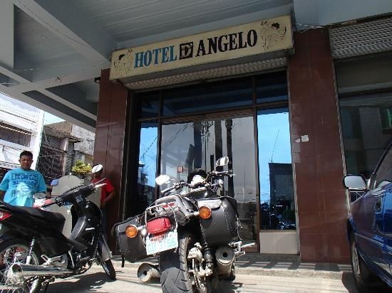 Hotel Canelsa : Safe reserved big bike parking