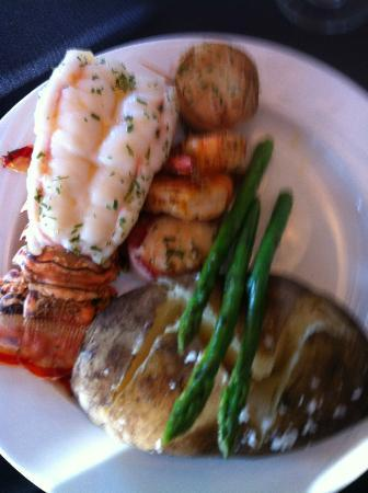 The Collins Inn: Seafood Trio - Lobster Tail, Prawns and Bacon Wrapped Scallops