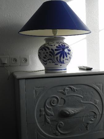 Le Manoir de l'Antiquité  : le détail, les meubles chinés