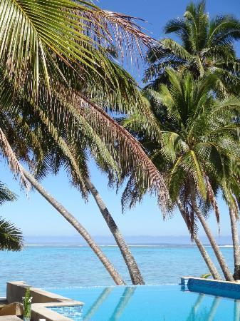 Little Polynesian Resort: Beach