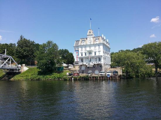 Essex Steam Train and Riverboat: Goodspeed Opera House