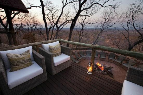 Ghoha Hills Savuti: fire place
