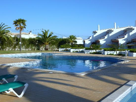Joinal Villas Apartments: Pool