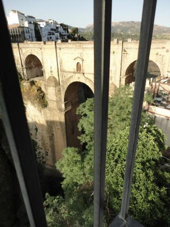 هوتل دون ميجيل: Vista diurna