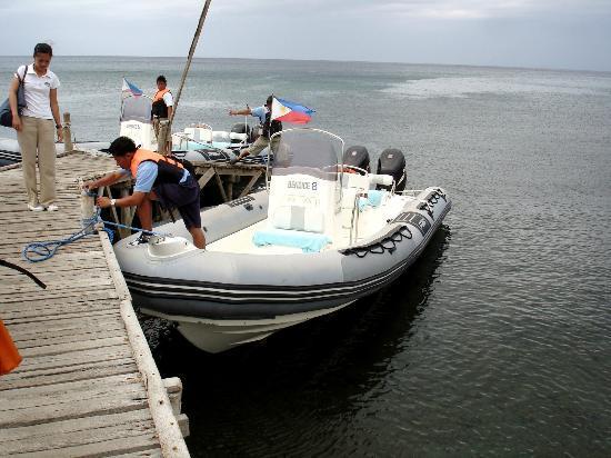 "Bellarocca Island Resort and Spa: the ""James Bond"" like rubber boats"