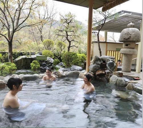 Kinugawa Hotel Mikazuki: きぬ川ホテル三日月