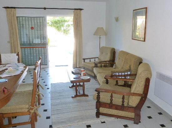 Joinal Villas Apartments: Lounge