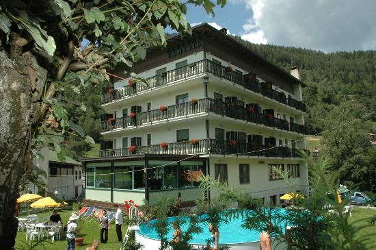 Hotel Club Funivia: Aprica d'estate: Hotel Funivia