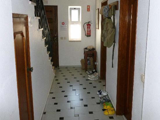 Joinal Villas Apartments: Hallway
